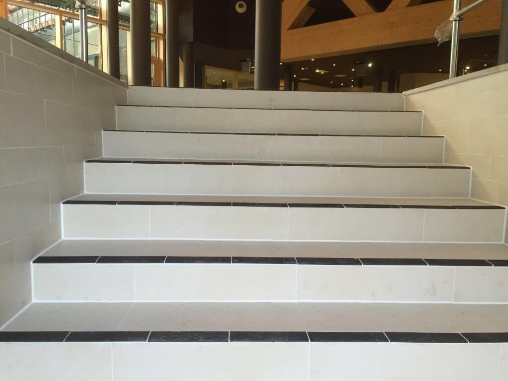 Verfugung Treppe Therme
